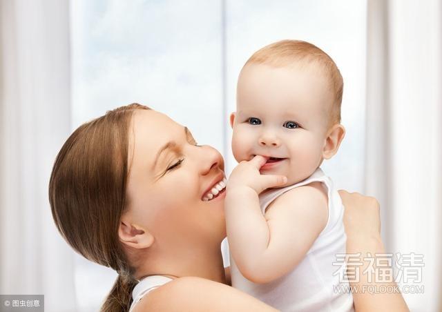 宝宝微笑只是高兴?抓住婴儿的选择性社交微笑时期