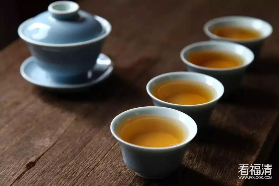 杨绛:苦涩浓茶,最配细品