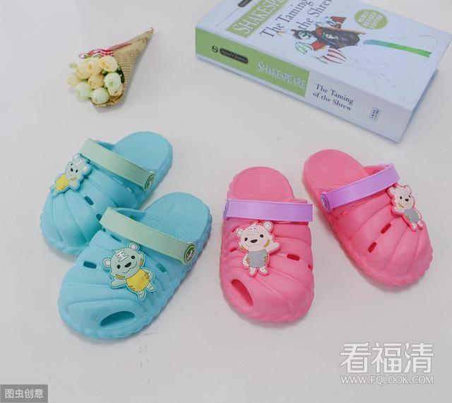 这5种凉鞋再好看也别给孩子穿,容易内?#20439;?#36275;内翻,影响骨骼发育 ...