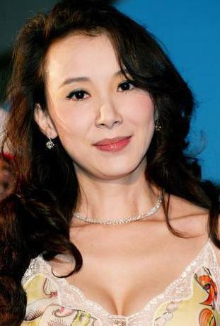 """""""台湾第一美女""""萧蔷,曾经给福清捐了个医药站!"""