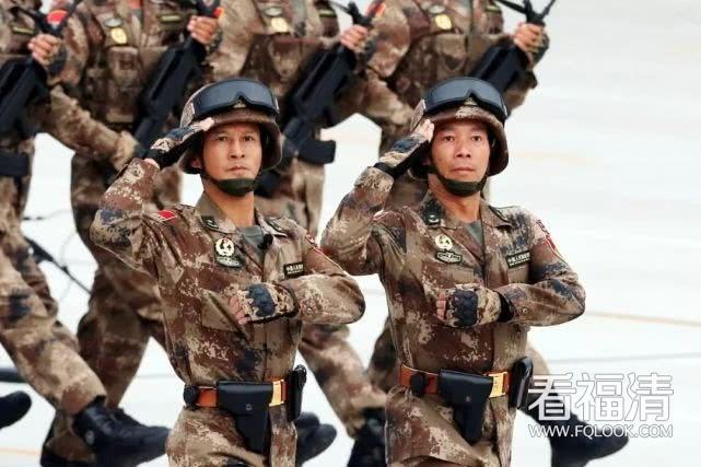 我又在阅兵上看到了福清哥林向阳少将