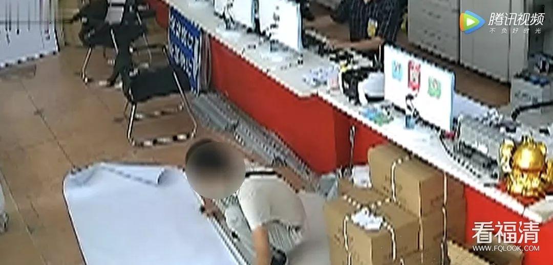 什么是正当防卫?福清图文店发生一起美工刀刺伤案!