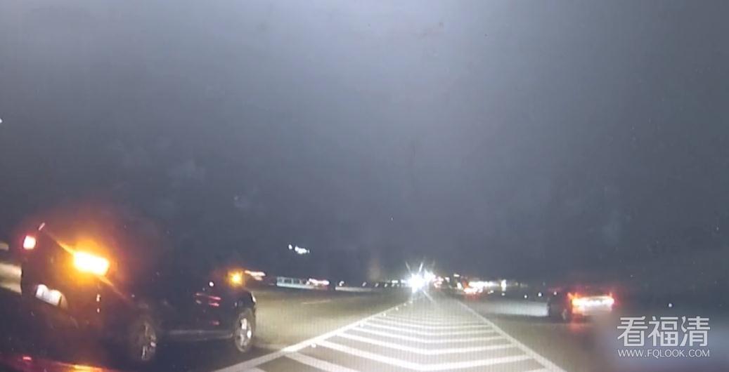 福清高速逆行7公里,民警硬核喊话:你还要命吗?!