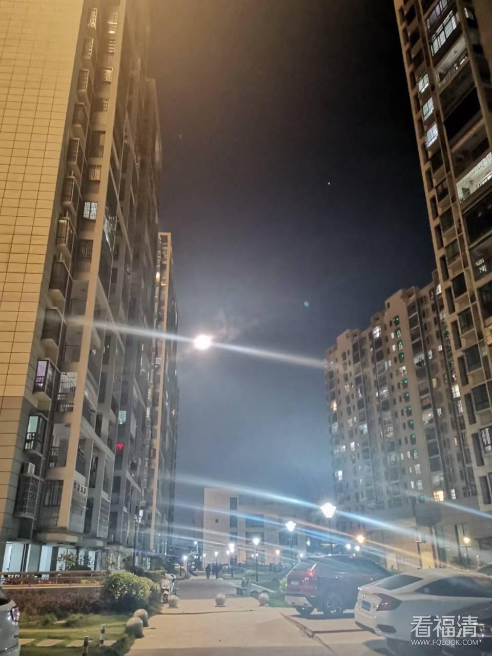 福清今晚的月亮和星空堪称完美!