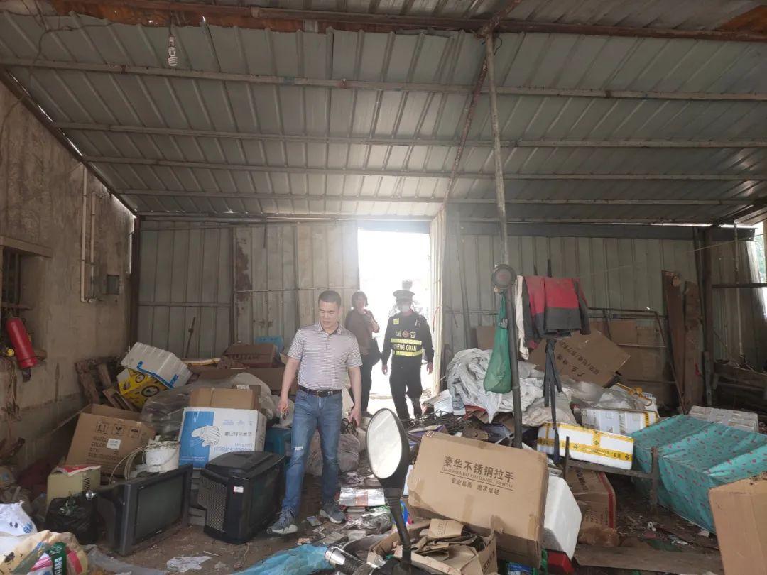 福清城管排查整治部分中小企业散乱污